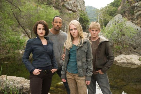 Dwayne Johnson, Anna Sophia Robb, Alexander Ludwig, Carla Gugino - Race to Witch Mountain