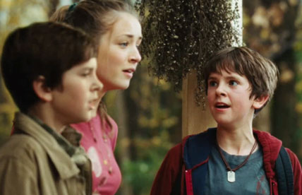 Freddie Highmore, Sarah Bolkger and Freddie Highmore - The Spiderwick Chronicles