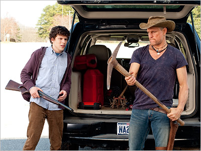 Jesse Eisenberg & Woody Harrelson choose their weapons in Zombieland