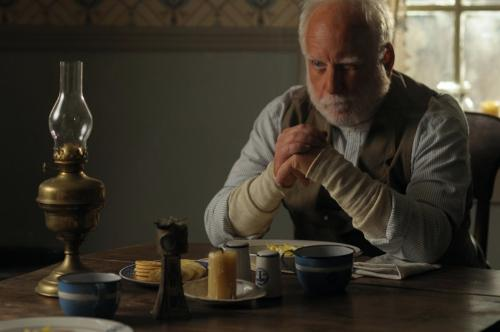 Richard Dreyfuss - Seth Atkins , The Lightkeepers